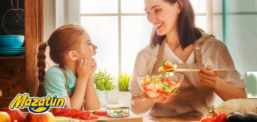 Cómo enseñar a tus hijos a comer atún de lata