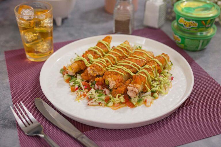 Flautas de atún Mazatún con salsa de chile piquín